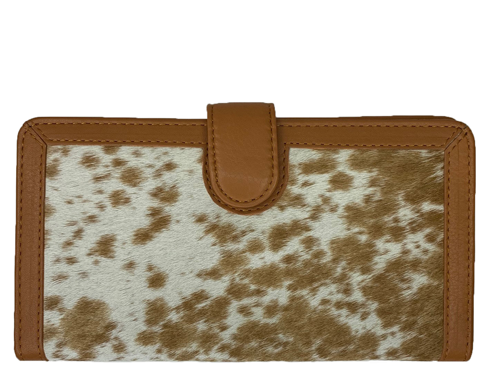 Zoe Tan and White Cowhide Wallet