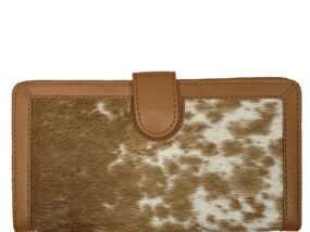 Belle Couleur - Zoe Tan and White Cowhide Wallet