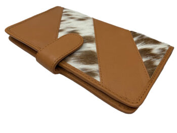 Belle Couleur - Gabriel Flecked Tan and White Cowhide Travel Wallet