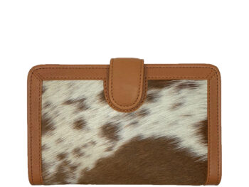 Belle Couleur - Isabelle Tan and White Cowhide Wallet