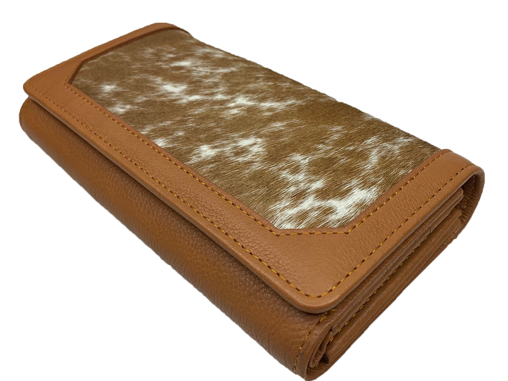 Belle Couleur - Odette Speckled Tan and White Cowhide Wallet